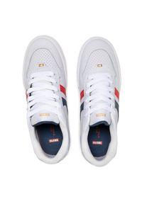 Globe - Sneakersy GLOBE - Encore-2 White/Blue/Red 11560. Okazja: na co dzień. Kolor: biały. Materiał: skóra ekologiczna, skóra. Szerokość cholewki: normalna. Styl: sportowy, klasyczny, elegancki, casual