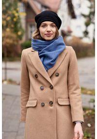 Marie Zélie - Płaszcz wełniany Debora beżowy – flausz. Kolor: beżowy. Materiał: wełna. Wzór: motyw zwierzęcy, ze splotem. Sezon: zima. Styl: klasyczny