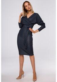 e-margeritka - Sukienka ołówkowa kopertowa z dzianiny - 2xl. Materiał: dzianina. Typ sukienki: ołówkowe, kopertowe. Styl: elegancki