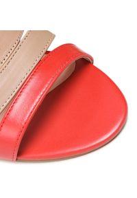 Beżowe sandały Loretta Vitale