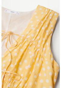 mango - Mango - Sukienka MINA. Kolor: żółty. Materiał: materiał, włókno. Długość rękawa: na ramiączkach. Typ sukienki: rozkloszowane