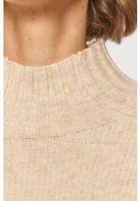 Kremowy sweter Jacqueline de Yong długi, z golfem, melanż, z długim rękawem