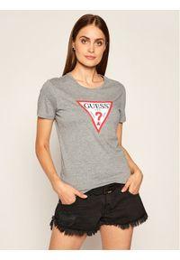 Guess T-Shirt Triangle Logo W0YI57 K8HM0 Szary Regular Fit. Kolor: szary