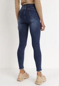 Born2be - Niebieskie Jeansy Skinny Olastis. Stan: podwyższony. Kolor: niebieski. Długość: długie. Wzór: aplikacja