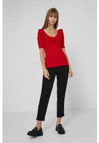 medicine - Medicine - T-shirt Basic. Okazja: na co dzień. Kolor: czerwony. Materiał: dzianina. Styl: casual
