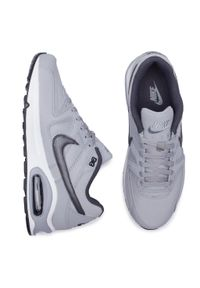 Szare buty sportowe Nike na co dzień, z cholewką