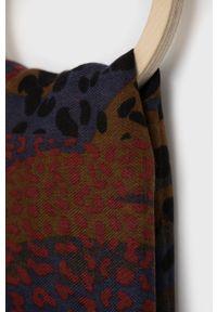 Desigual - Szal. Materiał: włókno, tkanina, materiał