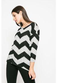 only - Only - Sweter. Kolor: szary. Materiał: dzianina. Długość: długie
