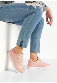 Różowe buty sportowe bonprix