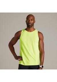 KIPRUN - Koszulka do biegania bez rękawów męska Kiprun light. Kolor: żółty. Materiał: poliester, poliamid, materiał, elastan. Długość rękawa: bez rękawów. Sport: fitness