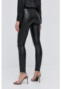 Nissa - NISSA - Spodnie. Kolor: czarny