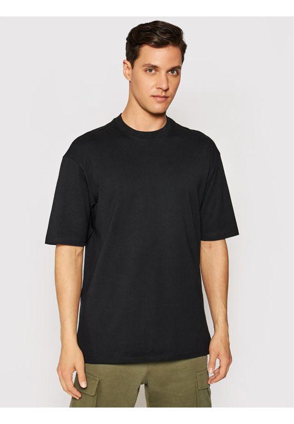 Only & Sons T-Shirt Donnie 22009965 Czarny Regular Fit. Kolor: czarny