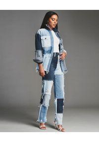 RETROFETE - Patchworkowa koszula jeansowa. Kolor: niebieski. Materiał: jeans. Długość rękawa: długi rękaw. Długość: długie #3