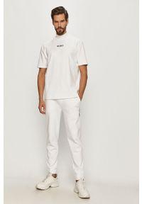 Biały t-shirt Hugo z nadrukiem