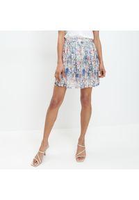 Biała spódnica Mohito w kwiaty