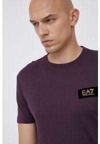 EA7 Emporio Armani - T-shirt bawełniany. Okazja: na co dzień. Kolor: fioletowy. Materiał: bawełna. Wzór: aplikacja. Styl: casual