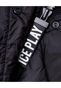 Ice Play - ICE PLAY - Czarny płaszcz z logo. Okazja: do pracy, na spacer. Kolor: czarny. Materiał: materiał, puch. Sezon: zima, jesień. Styl: elegancki