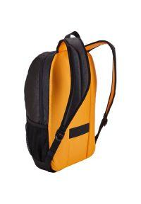 Czarny plecak na laptopa CASE LOGIC klasyczny, w kolorowe wzory