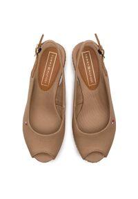 Brązowe sandały TOMMY HILFIGER