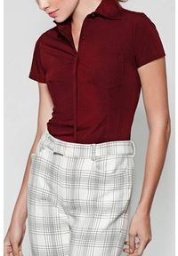Czerwona bluzka IVET elegancka, krótka, z krótkim rękawem