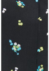 Bimba y Lola - BIMBA Y LOLA - Koszula. Kolor: czarny. Materiał: tkanina. Długość rękawa: krótki rękaw. Długość: krótkie