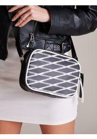 Czarna torebka FEMESTAGE Eva Minge w geometryczne wzory #1