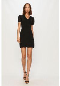 Czarna sukienka Morgan dopasowana, mini, biznesowa, na spotkanie biznesowe