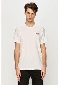 Biały t-shirt Reebok na co dzień, casualowy