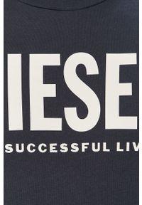 Niebieski t-shirt Diesel na co dzień, casualowy