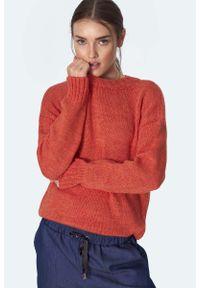 Pomarańczowy sweter oversize Nife klasyczny, z klasycznym kołnierzykiem