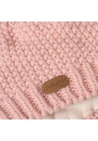 Zimowa czapka dziewczęca PaMaMi - Pudrowy róż. Kolor: różowy. Materiał: poliamid, akryl. Wzór: ze splotem. Sezon: zima