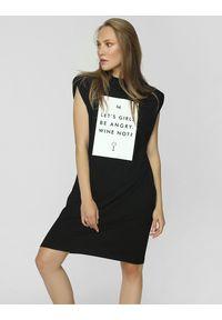 Madnezz - Sukienka T-shirt - Wine not?. Okazja: na imprezę. Materiał: wiskoza, elastan. Wzór: nadruk
