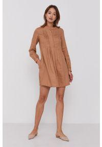 United Colors of Benetton - Sukienka. Kolor: brązowy. Materiał: tkanina. Długość rękawa: długi rękaw. Wzór: gładki. Typ sukienki: rozkloszowane