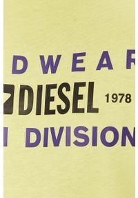 Zielony t-shirt Diesel na co dzień, z nadrukiem, casualowy
