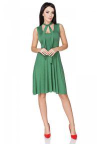 Tessita - Zielona Sukienka Wiązana na Karku. Kolor: zielony. Materiał: wiskoza, elastan, akryl