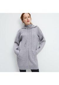 Szary sweter Mohito z kapturem, długi