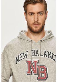 Szara bluza nierozpinana New Balance z nadrukiem, z kapturem