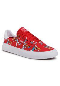 Czerwone buty sportowe Adidas z motywem z bajki, na co dzień