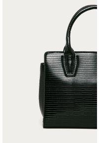 Czarna torebka Answear Lab wakacyjna, na ramię