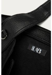 Czarna shopperka Answear Lab wakacyjna, duża, na ramię