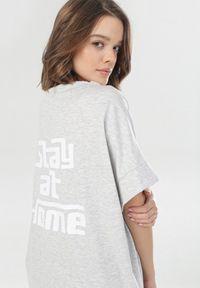 Szara bluza Born2be