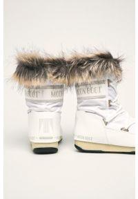 Białe śniegowce Moon Boot na sznurówki, z cholewką