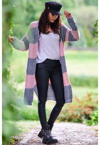 Awama - Długi Niezapinany Sweter w Szaro-Różowe Pasy. Kolor: różowy, szary, wielokolorowy. Materiał: poliester, poliamid. Długość: długie