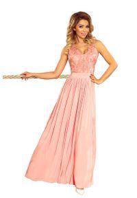 Numoco - Różowa Długa Wieczorowa Sukienka z Koronką. Kolor: różowy. Materiał: koronka. Wzór: koronka. Styl: wizytowy. Długość: maxi