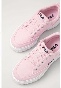Różowe tenisówki Fila z okrągłym noskiem, na sznurówki