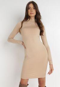 Born2be - Beżowa Sukienka Phenolea. Kolor: beżowy. Materiał: dzianina. Długość rękawa: długi rękaw. Wzór: gładki. Styl: elegancki. Długość: mini