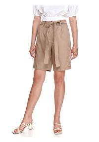 TOP SECRET - Szorty damskie z kantem o długości do kolan. Kolor: brązowy. Długość: do kolan