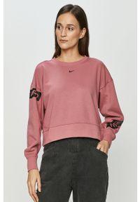 Różowa bluza Nike z nadrukiem, bez kaptura