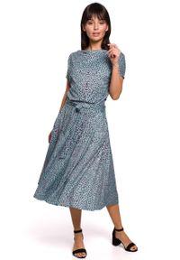 MOE - Rozkloszowana Midi Sukienka we Wzory - Miętowa. Kolor: miętowy. Materiał: bawełna, poliester, elastan. Długość: midi