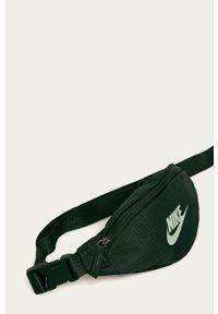 Turkusowa nerka Nike Sportswear z nadrukiem